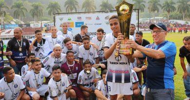 BARBA, CABELO E BIGODE: União do Leste é campeão do Campeonato Acesitano em dose dupla