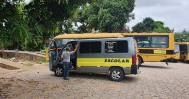 Prefeitura de Ipatinga vistoria veículos do transporte escolar